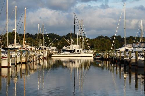 morning reflection marina sunrise maryland mast soco chesapeakebay southcounty rosehaven herringtonharbor annearundelcounty