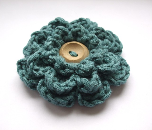 Rose Brooch - Crochet Me