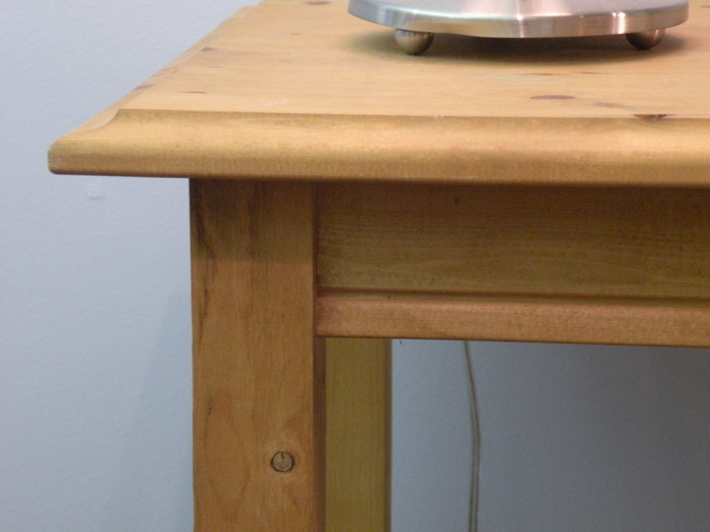Pine sofa table detail skirt