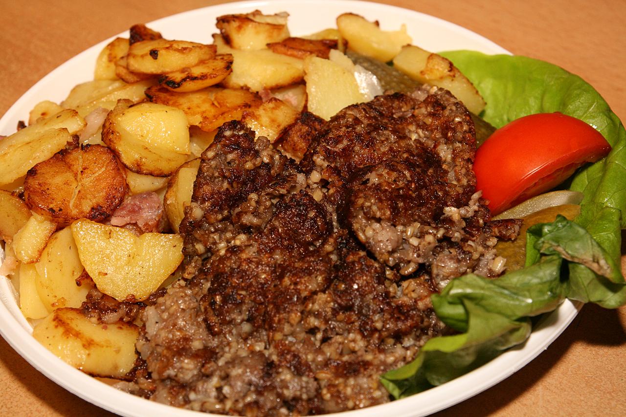 Bremer Knipp mit Bratkartoffeln