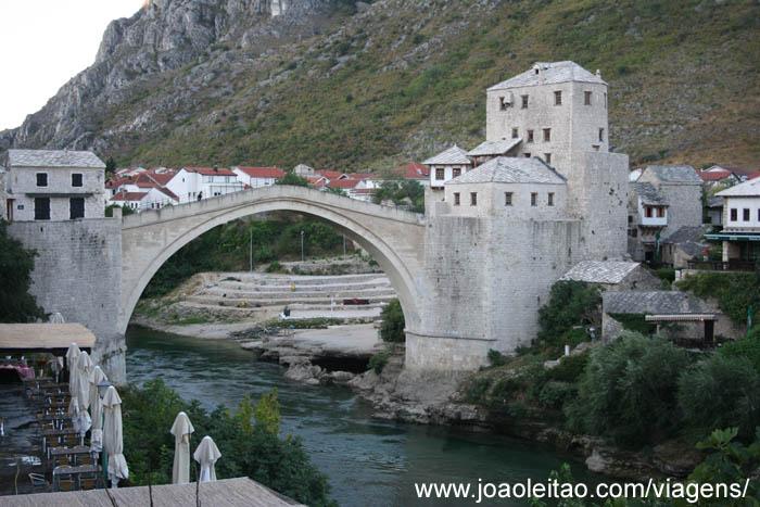 Cidade de Mostar na Bósnia e Herzegovina