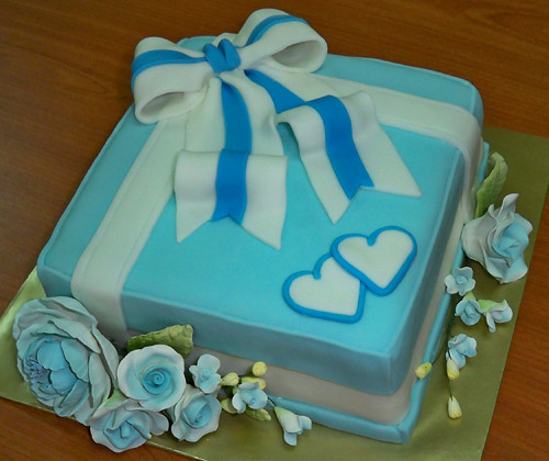 Cake Gift Box Fondant : fondant biru - gift box cake Flickr - Photo Sharing!