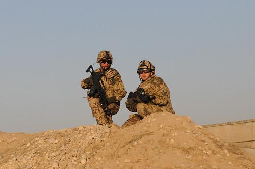 weit ber 50 feuerk mpfe erfahrungen der deutschen quick reaction force in afghanistan. Black Bedroom Furniture Sets. Home Design Ideas