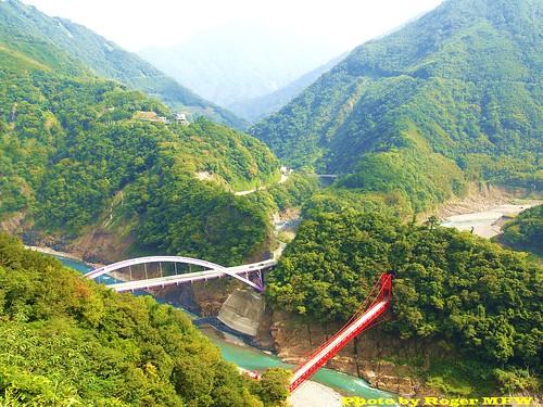 大漢溪上的新舊巴陵大橋 (桃園縣復興鄉三光村)