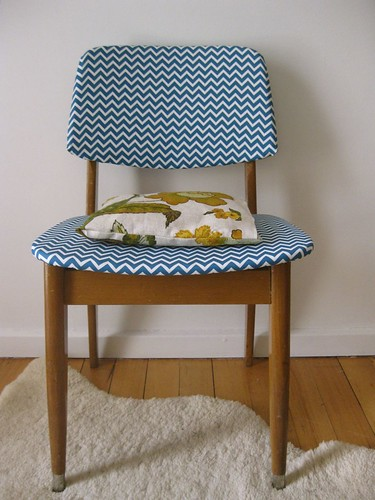 Chevron retro chair