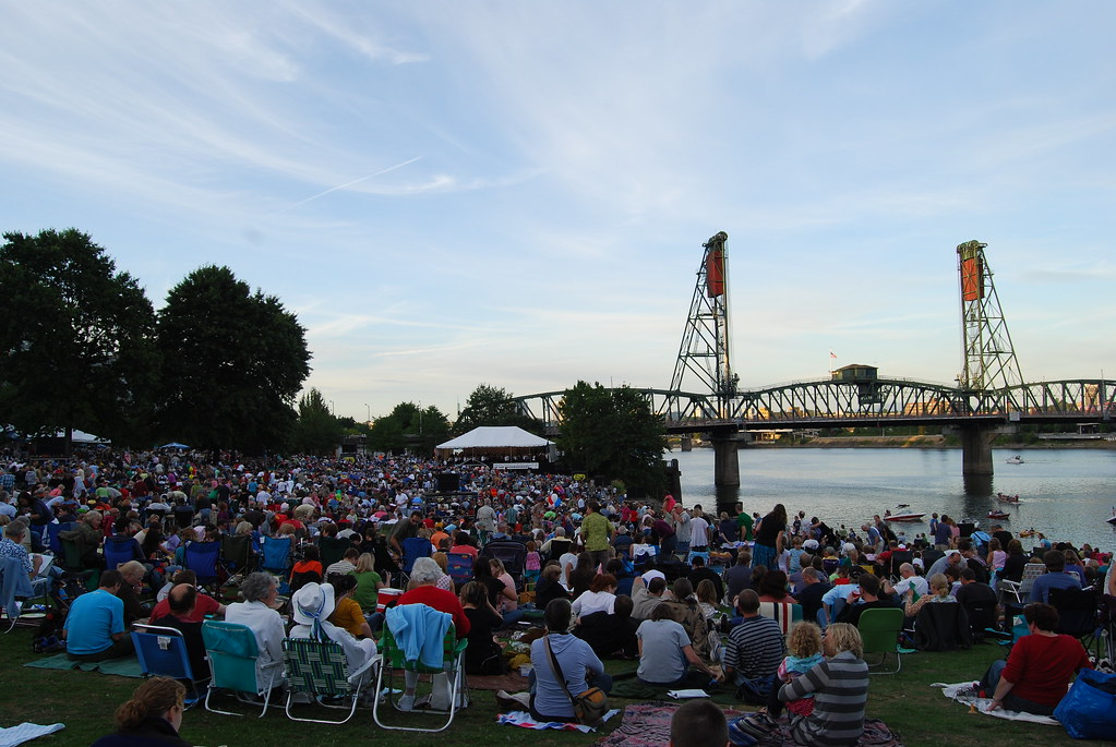 Oregon Symphony at Waterfront Park