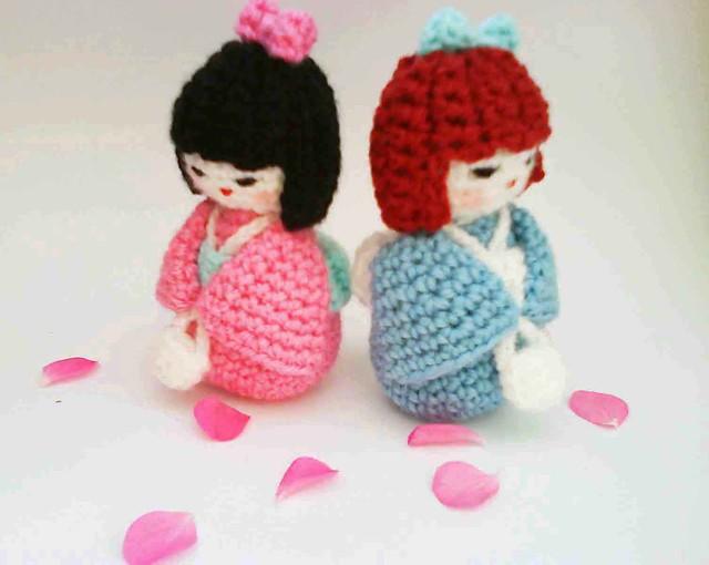 Amigurumi Pattern Girl : Japanese kokeshi girl doll amigurumi Crochet pattern - a ...