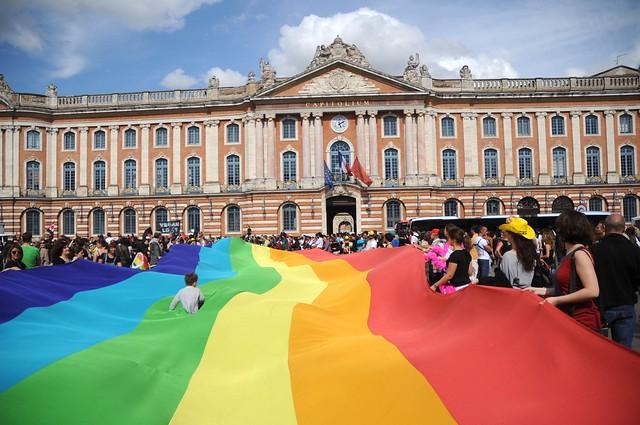 Gay pride 365 - Marche des fiertés Toulouse 2011.jpg