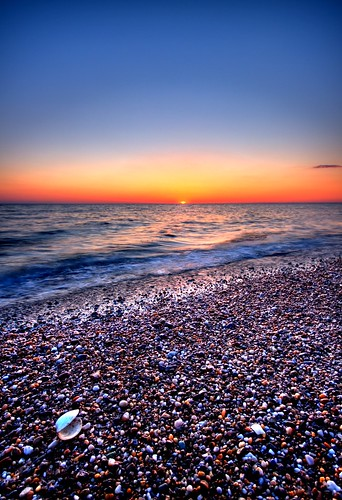 sunset sky beach clouds canon bay unitedstates capecod massachusetts sigma wideangle pebbles atlantic pebblebeach cape peninsula northeast seashore atlanticocean hdr amar nationalseashore sigma1020mm capecodbay capecodnationalseashore raavi canoneos40d amarraavi sunsetsoneast