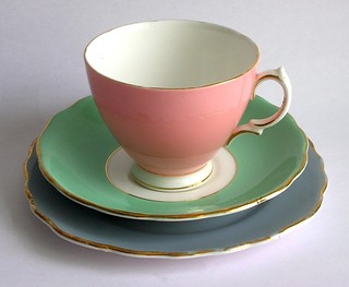 Mix & match pastel tea set