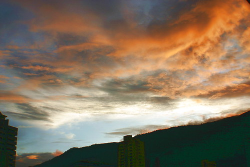 sky orange clouds sunrise colombia amanecer cielo nubes medellin antioquia anaranjado perfectsunsetssunrisesandskys cloudslightningstorms