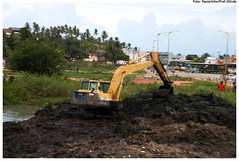 asphalt(0.0), agriculture(0.0), agricultural machinery(0.0), soil(1.0), vehicle(1.0), construction equipment(1.0), bulldozer(1.0),