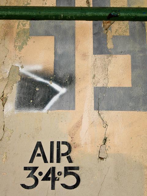 IMG_1041 graffiti in dumbo