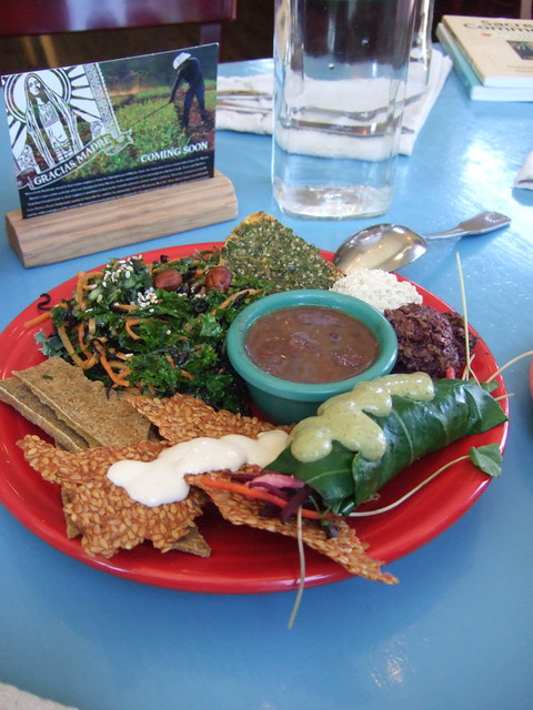Raw food sample plate good and good for you all the for Cuisine examples