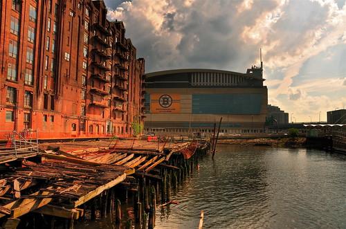 boston ma nikon waterfront massachusetts bruins celtics hdr d90 oldwharf highdynamicrangeimaging abigfave nikond90 scottkelbysworldwidephotowalk imagesbyarden