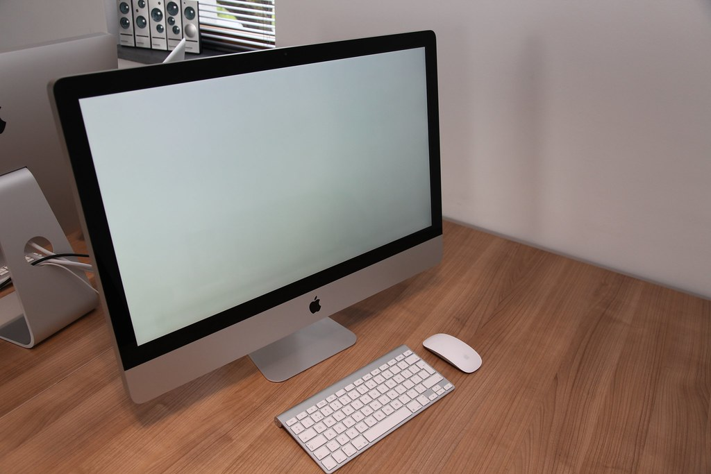 Zone sombre en bas d 39 cran imac 27 39 normal les forums for Photo ecran sur mac