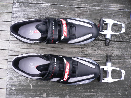 cycling shoes and pedal