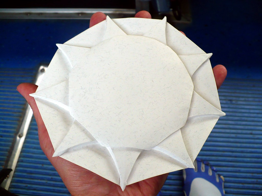 Curved Nonagon Star