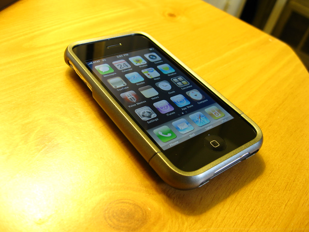 how to turn on iphone 3gs hotspot