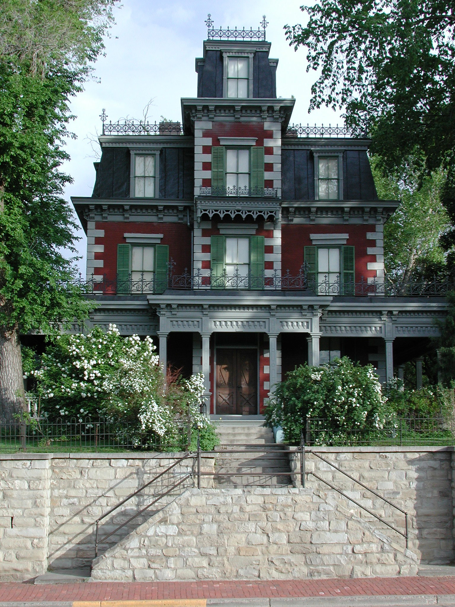 Bloom mansion trinidad colorado victorian home of for Victorian house facts