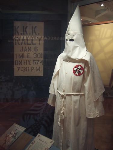 KKK Ceremonial Robe 古本屋の殴り書き: クー・クラックス・クラン(KKK)と