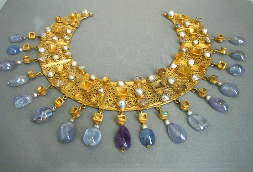 Gold & Sapphire Necklace - Altes Museum, Berlin by noriko.stardust
