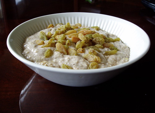 Simple buckwheat porridge with Hunza golden raisins