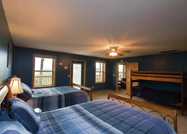 Master Bedroom Suite Blue East Private Access Hot Tub Views Of The Smokies Gatlinburg