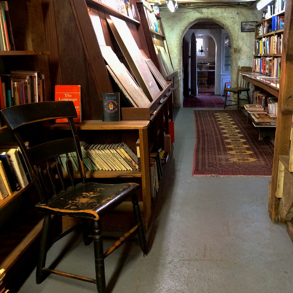 Baldwin's Book Barn - West Chester PA Pennsylvania Retro Roadmap