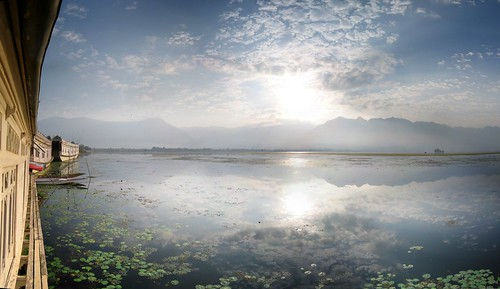 lac dal lake srinagar sunrise soleil levant houseboat houseboats cachemire inde india kashmir سرینگر श्रीनगर fv10 panorama ptassembler smartblend étiennecazin जम्मू और कश्मीर reflet reflets reflection reflections paysage landscape etiennecazin