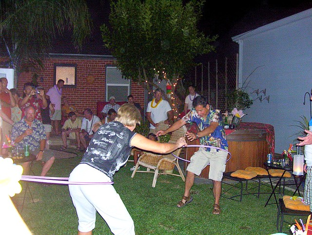 Hawaiian Themed Backyard Party : Tropical Theme Backyard Party at Rob & Rogers  Flickr  Photo