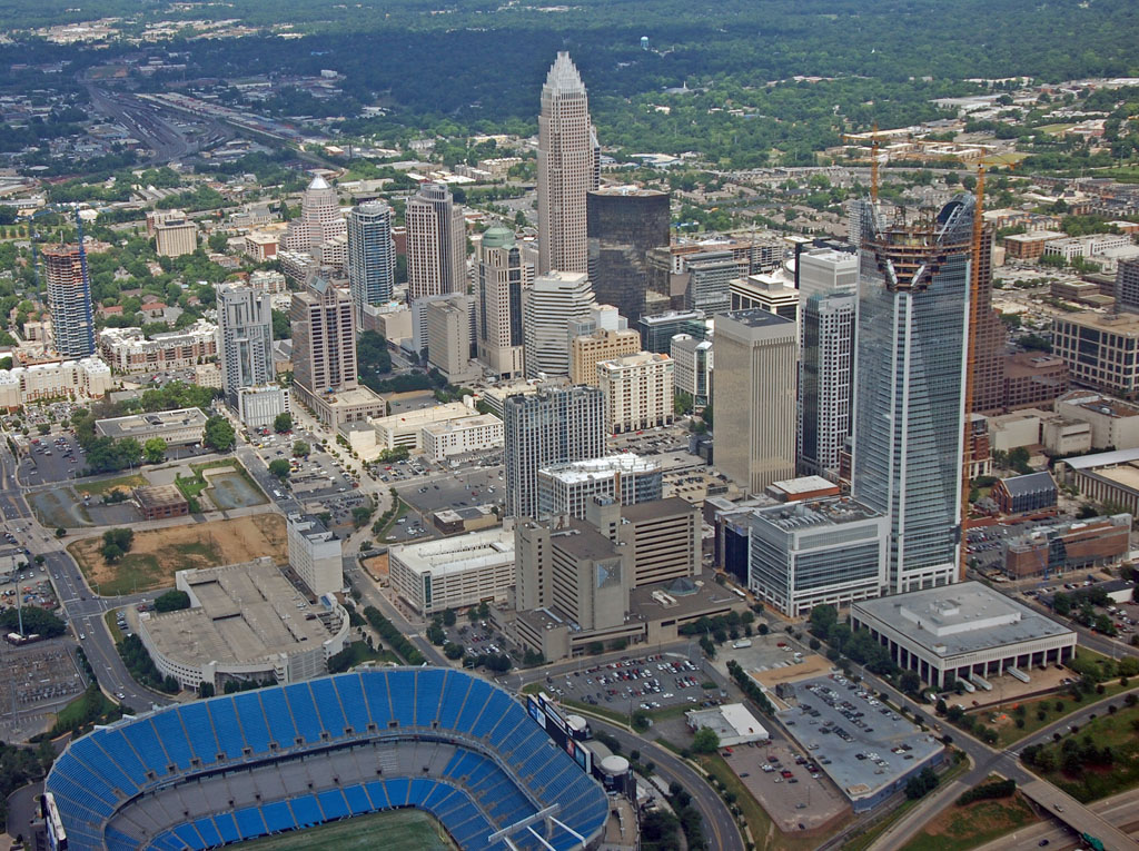 skyline battle downtown atlanta vs uptown charlotte compare best people city vs city. Black Bedroom Furniture Sets. Home Design Ideas