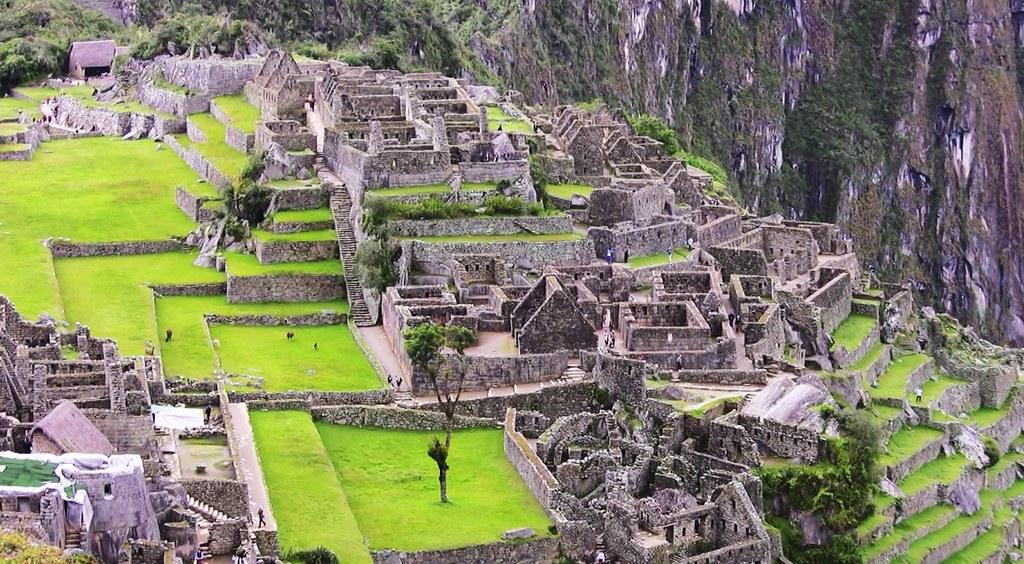 Peru - Machu Picchu - Blick auf das Handwerkerviertel und das Viertel der drei Türen, 12348
