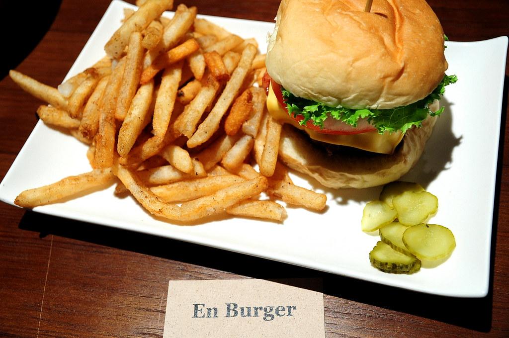 En Burger-牛肉起士漢堡 (200)