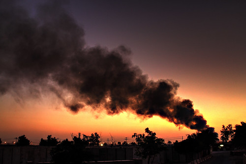 Fire in Baghdad (photo spcallen, flickr)
