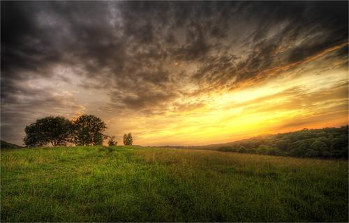 sunset landscape cornwall upstatenewyork orangecounty hdr hudsonvalley newjerseytransit newwindsor schunemunkmountain salisburymills moodnacreek moodnaviaduct