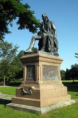 NY - Albany: Washington Park - Burns Monument