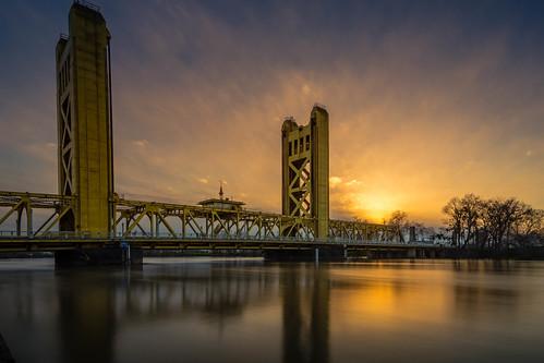 tower bridge sacramento sacramentoriver sunset sony sonya68 tonikasd1116f28dx longexposurephotography sundown ocaso urban cityscape california