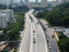 skyway(0.0), traffic congestion(0.0), metropolitan area(1.0), highway(1.0), traffic(1.0), junction(1.0), transport(1.0), road(1.0), public transport(1.0), lane(1.0), controlled-access highway(1.0), residential area(1.0), overpass(1.0), infrastructure(1.0), bridge(1.0),