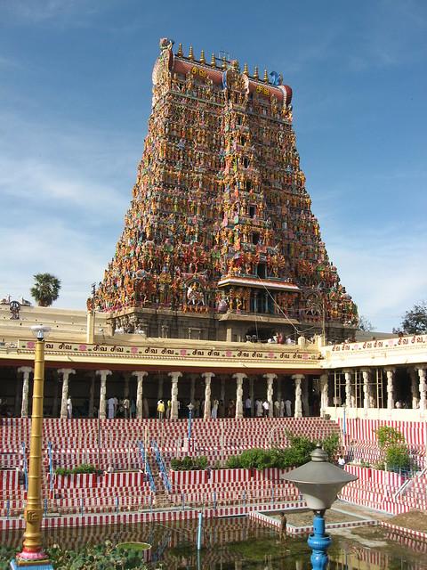 3622304843 c27a78fc45 z - Los templos Vímana en la India