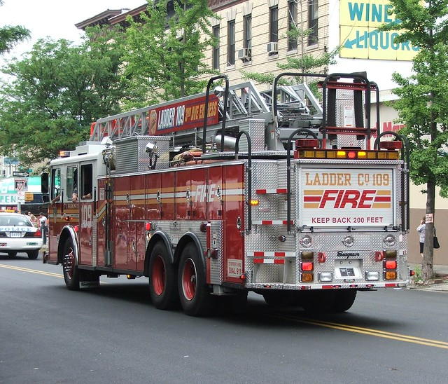 Seagrave Fire Truck, Ladder 109, FDNY