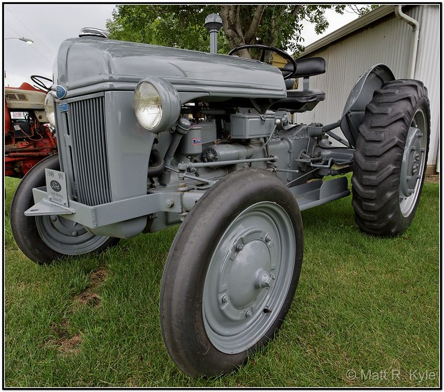 9n Ford Tractor For Sale: 1940 Ford 8n Tractor