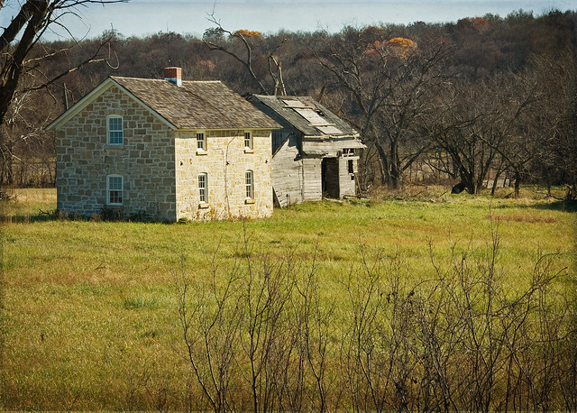 Abandoned Farm houses for Sale http://www.flickr.com/photos/kansasexplorer3128/4077179769/