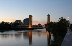 Old-Sac-Tower-Bridge