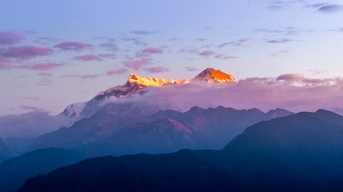 nepal pokhara annapura mountain peak cloud fog dawn sunrise morning sarangkot canoneos7d canonefs18135mmf3556is