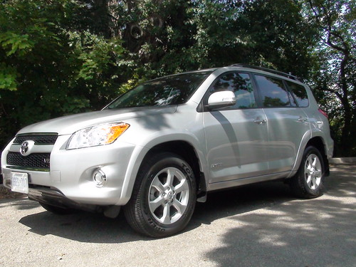 PHOTOS OF TOYOTA RAV4