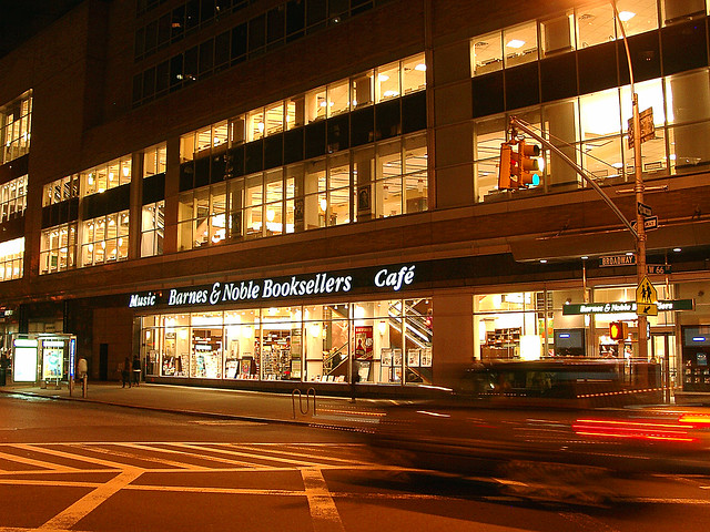 Barnes Noble Booksellers Lincoln Center Broadway At West 66th Street Flickr Photo Sharing