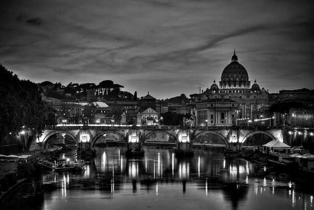 Fiumi nel cielo di roma flickr photo sharing for Roma in bianco e nero
