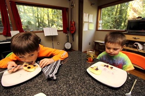 boys eating breakfast c/o chef juls
