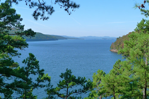 Lake Ouachita from Point 50
